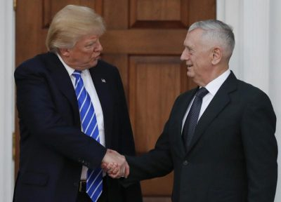 Donald Trump shaking hands with James Mattis